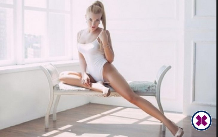 Relax into a world of bliss with Amber, one of the massage providers in Amsterdam