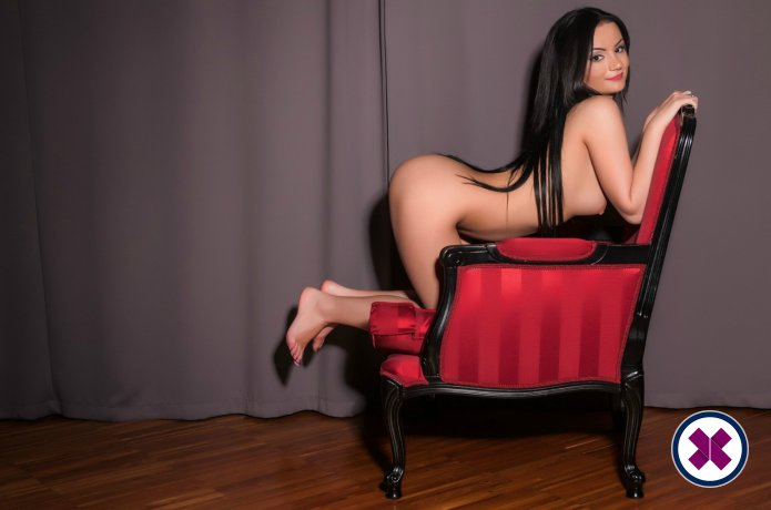 Andra is a high class Italian Escort Amsterdam