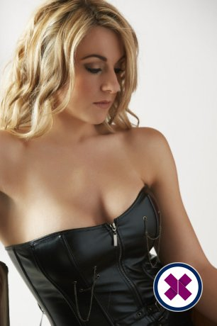 Zina is one of the much loved massage providers in Amsterdam. Ring up and make a booking right away.