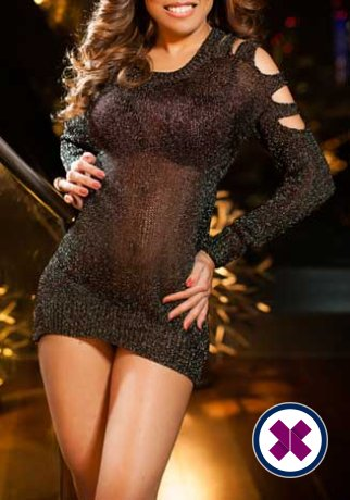 Aliza is a sexy Indian Escort in London