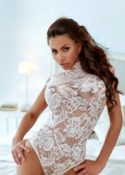 Laura, an escort from Xstasy London