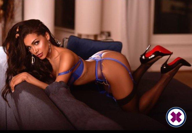 Jenny is a super sexy Brazilian Escort in Royal Borough of Kensingtonand Chelsea