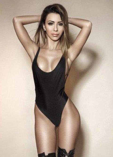 Miranda - an agency escort in London